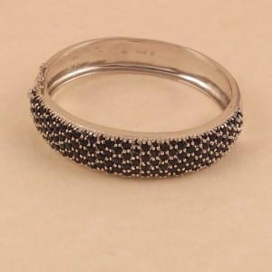 15.00CT NATURAL BLUE SAPPHIRE CLUSTER BANGLE