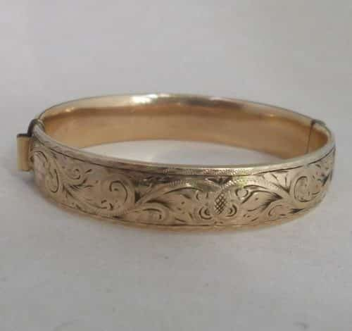 VINTAGE 9CT ROLLED GOLD METAL CORE OVAL BANGLE FLORAL PATENTED MECHANISM 23.22G -