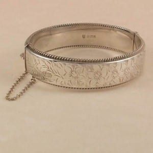 1960s-bangle-hallmark-sterling-silver