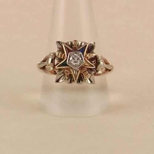 ANTIQUE  VINTAGE LADIES RING -