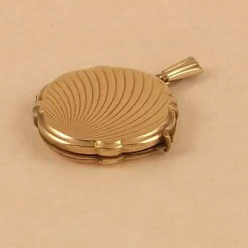 ART DECO 9CT GOLD BACK & FRONT LOCKET -