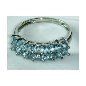 9CT WHITE GOLD SQUARE AQUAMARINE RING