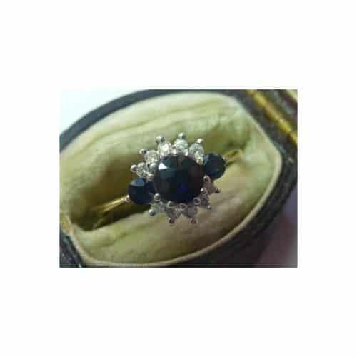 9CT YELLOW AND WHITE GOLD, SAPPHIRE & DIAMOND RING -