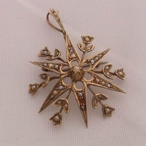 9ct-gold-brooch-seed-pearl