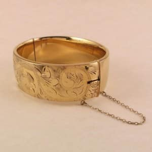 9k-gold-metal-bangle