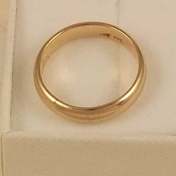 A Stunning Vintage 9ct Gold Wedding Band Ringmorpeth Antique Jewellery