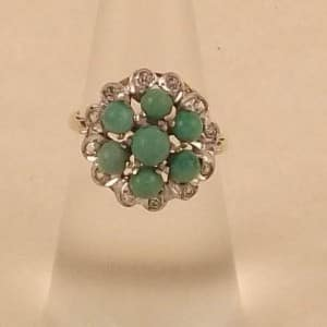 ANTIQUE 9CT GOLD GREEN TURQUOISE & WHITE STONE RING