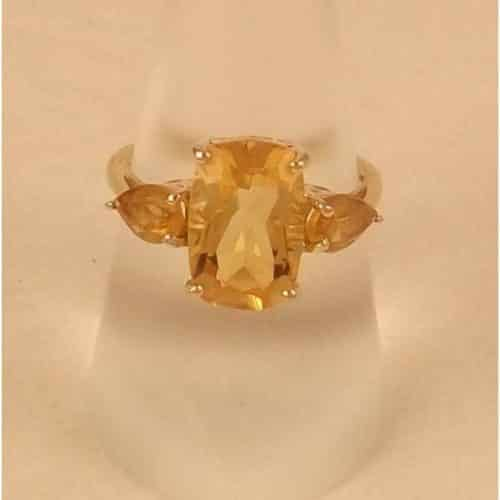 BEAUTIFUL CITRINE RING 9CT GOLD -