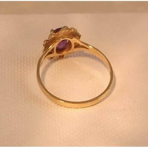 FINE 9CT GOLD 0.75CT OVAL CUT AMETHYST RING -