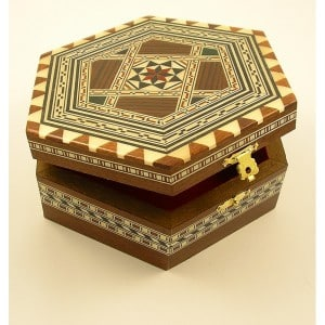 MARQUETRY REVIVAL, CRAFTED JEWELLERY BOX