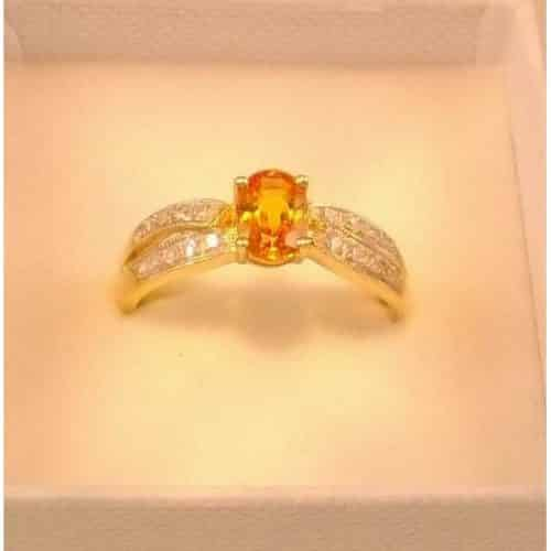 ORANGE SAPPHIRE & DIAMOND RING 9CT GOLD -
