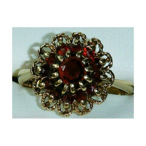 STUNNING 9CT GOLD VINTAGE GARNET LADIES CLUSTER RING SIZE O -