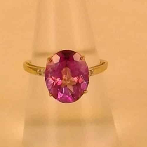 STUNNING PINK MYSTIC TOPAZ & DIAMOND 9 CT GOLD RING -