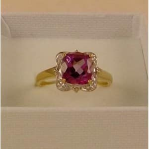 UK HALLMARKED 9CT YELLOW GOLD AMETHYST & DIAMOND RING
