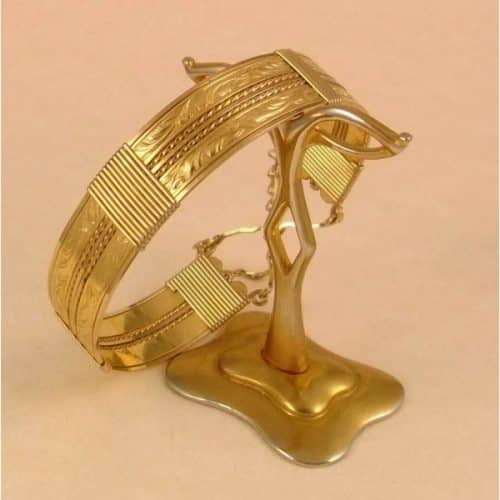 VINTAGE VICTORIAN DETAILED ROLLED GOLD BANGLE -