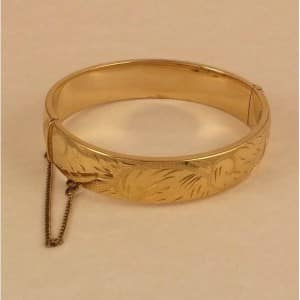 vintage-engraved-rolled-gold-bangle