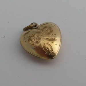 1839A-ANTIQUE ENGLISH VICTORIAN 15K GOLD LOCKET BACK HEART PENDANT CHARM C1900