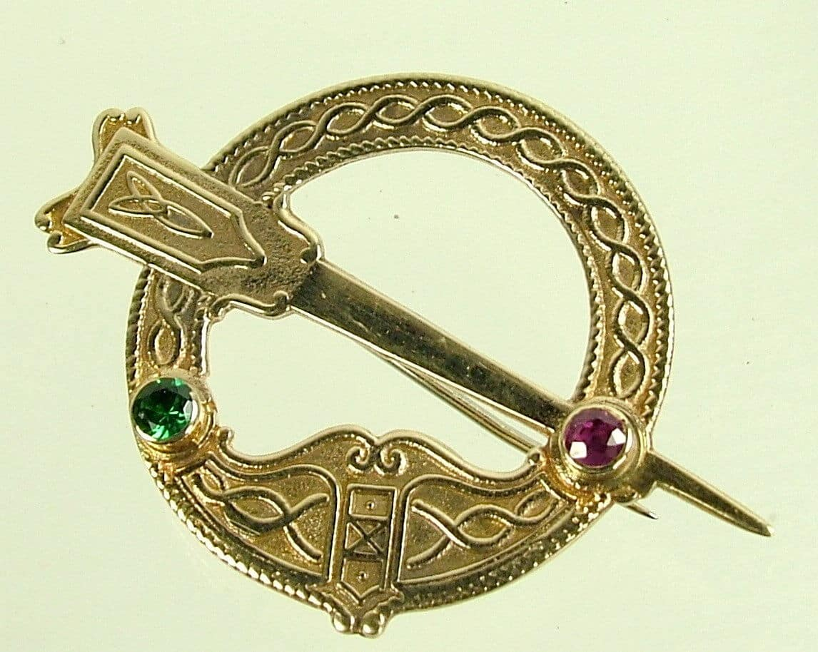 picture id brooch large celtic of penannular