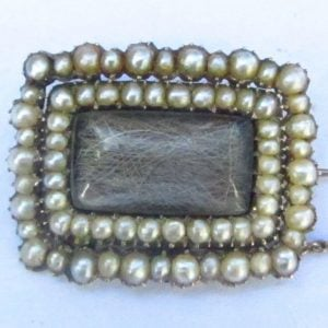 1973-DATED 1764 ANTIQUE GEORGIAN GOLD PEARL & HAIR MOURNING BROOCH